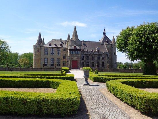 Feestzaal Kasteel van Laarne, foto aangeleverd door TripAdvisor.